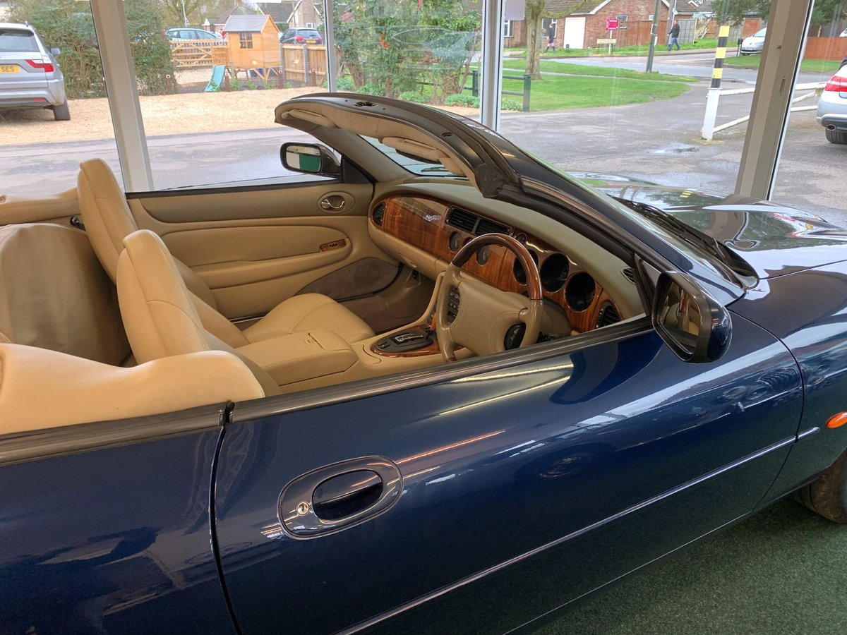 1999 Jaguar XKR – Supercharged – 370 BHP SOLD (picture 5 of 11)