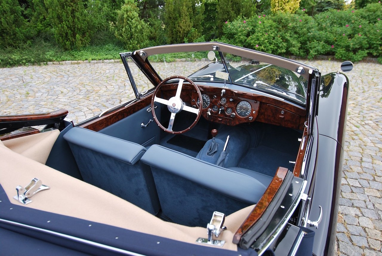 1955 Jaguar XK140DHC with C Type Head LHD For Sale (picture 3 of 6)