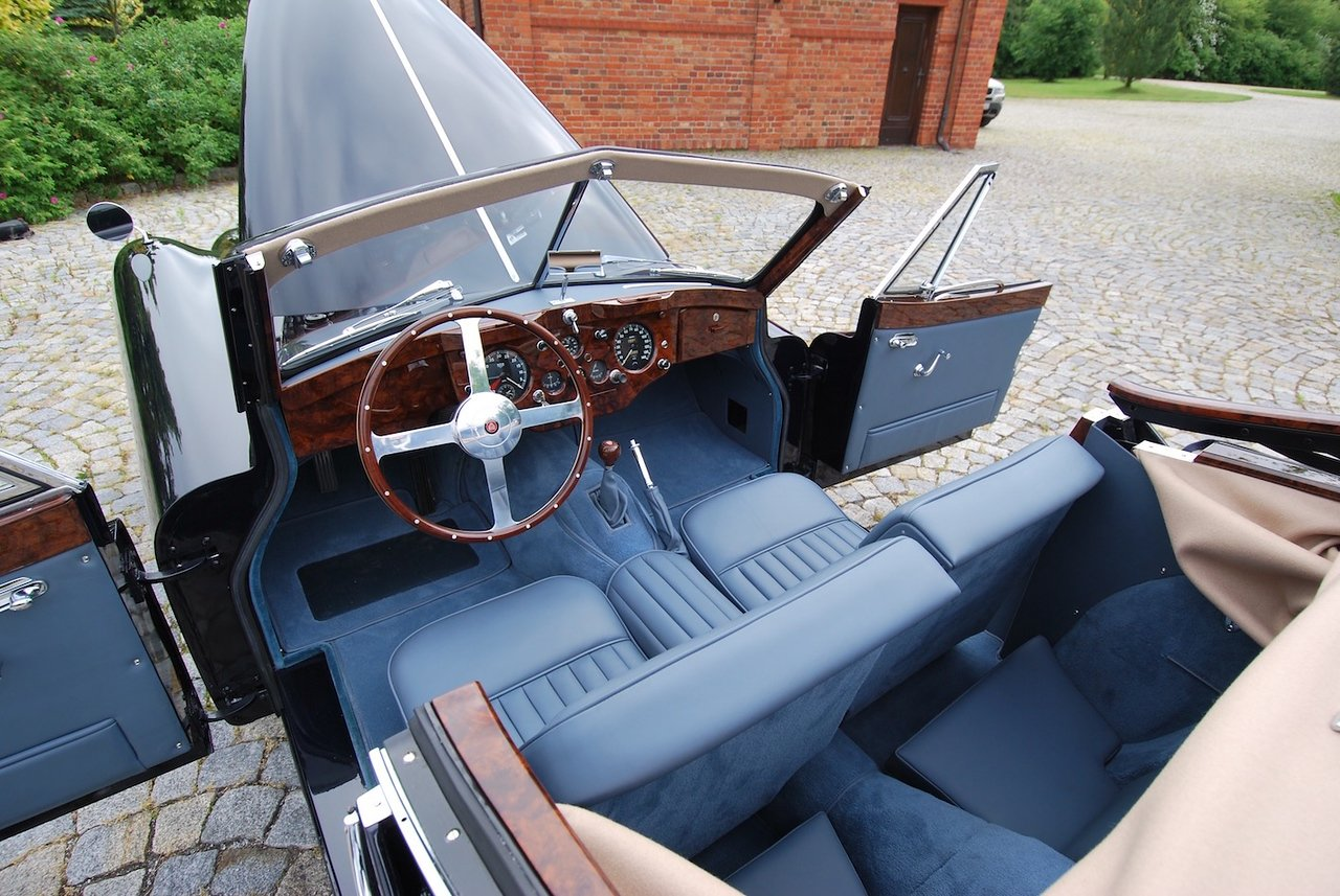 1955 Jaguar XK140DHC with C Type Head LHD For Sale (picture 5 of 6)