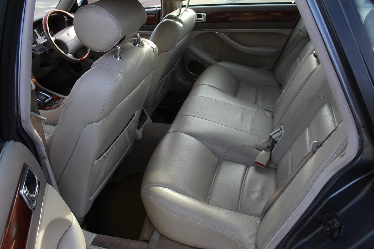1996 Jaguar XKR 4.0 Litre Superchard Straight Six (X306)   SOLD (picture 4 of 6)