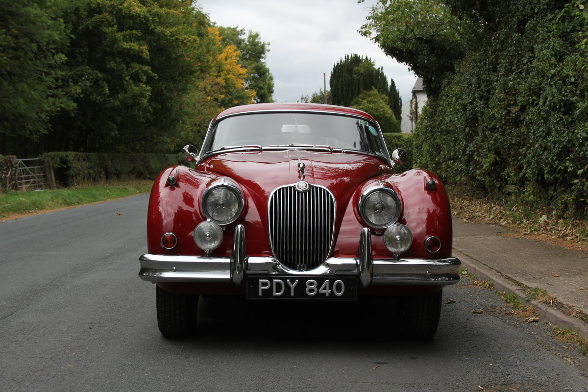 1960 Jaguar XK150 3.8 FHC - UK car, special order Pippen Red SOLD (picture 2 of 12)