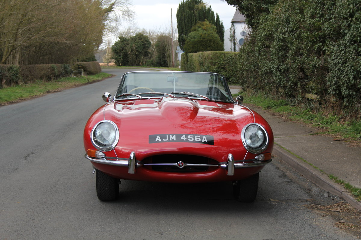1963 Jaguar E-Type Series I 3.8 Roadster SOLD (picture 2 of 12)