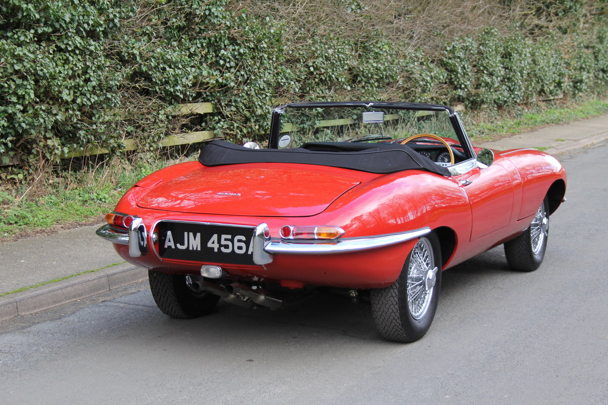 1963 Jaguar E-Type Series I 3.8 Roadster SOLD (picture 5 of 12)
