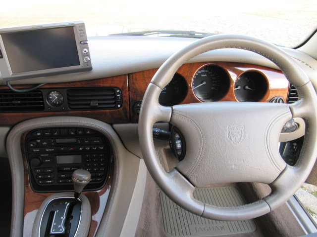 1999  JAGUAR XJ MODERN CLASSIC 3.2 EXECUTIVE * ONLY 12000 MILES  SOLD (picture 5 of 6)