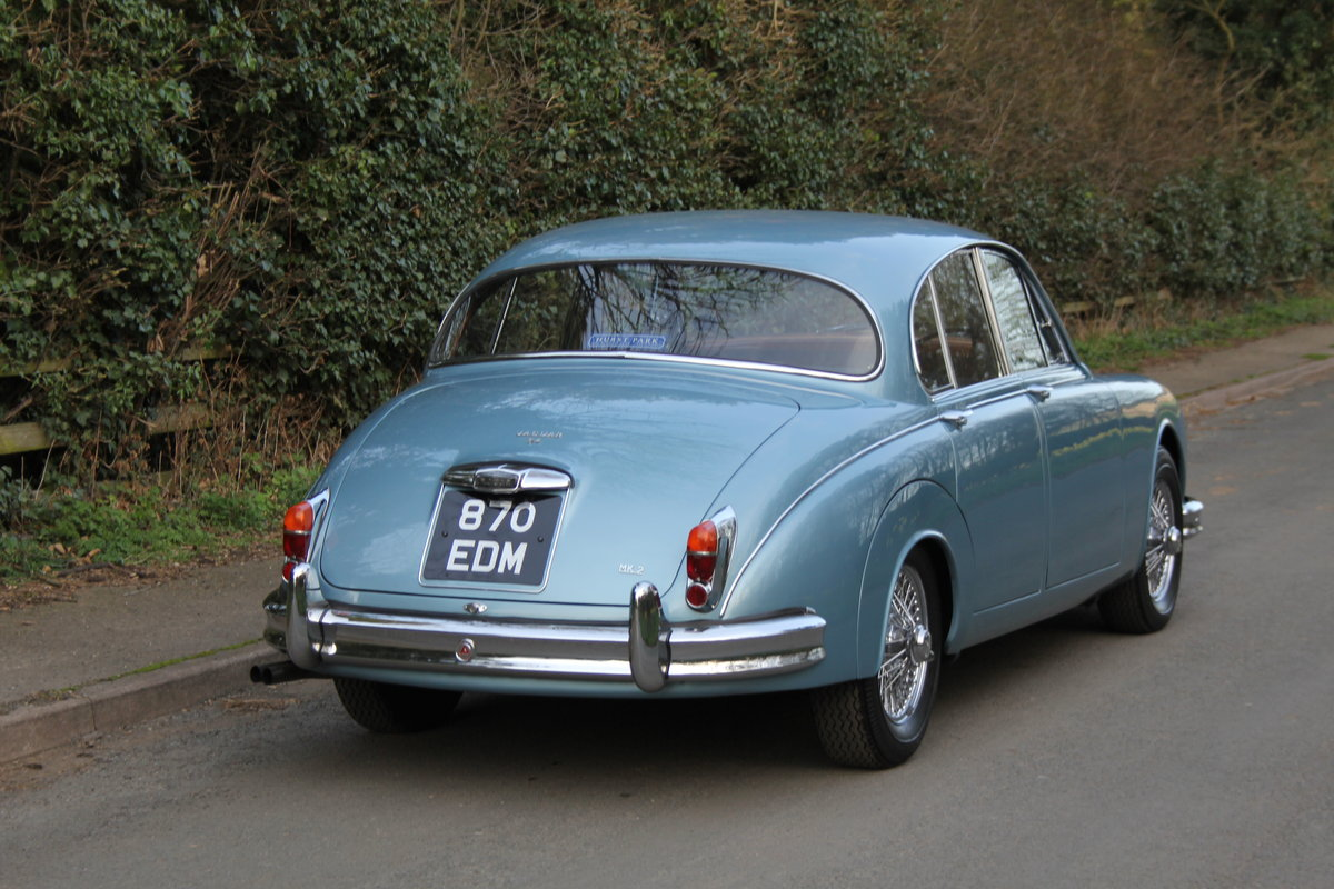 1963 Jaguar MKII 3.4 Manua lO/D, 28500 miles, matching numbers SOLD (picture 4 of 12)