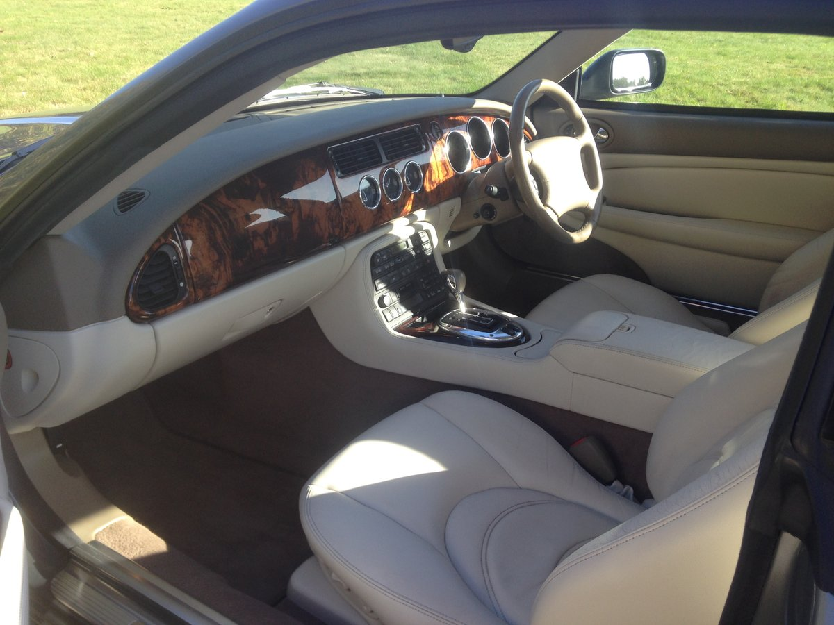 2005 Jaguar XK8 4.2S, 73k miles, FSH, 2 Prev Owners, SOLD (picture 4 of 6)