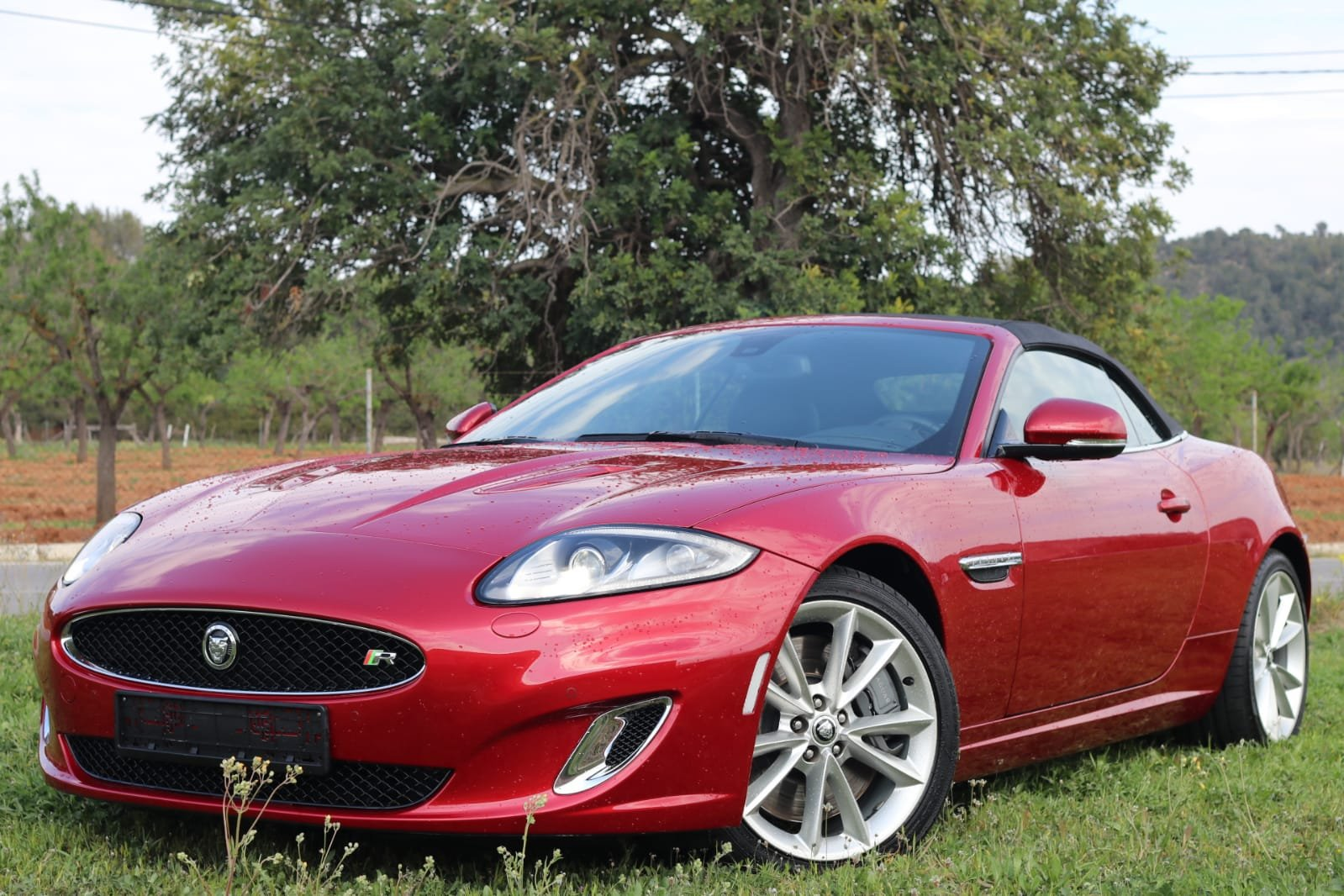 2013 LHD-Jaguar XKR 510PS - 1 of the few cabrios in red For Sale (picture 1 of 6)