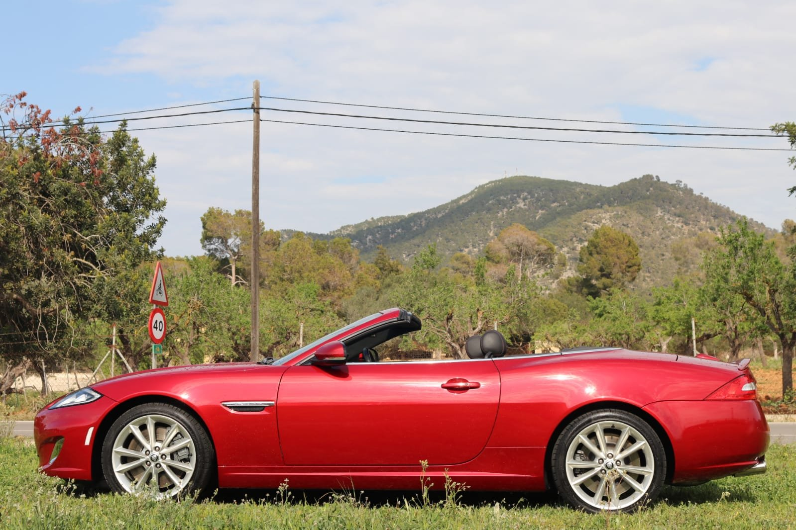 2013 LHD-Jaguar XKR 510PS - 1 of the few cabrios in red For Sale (picture 3 of 6)