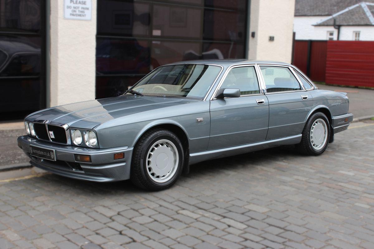 1989 Jaguar XJ 3.6 XJ40 XJR Sports 4dr 1 OWNR-FULL JAGUAR HISTORY For Sale (picture 1 of 6)