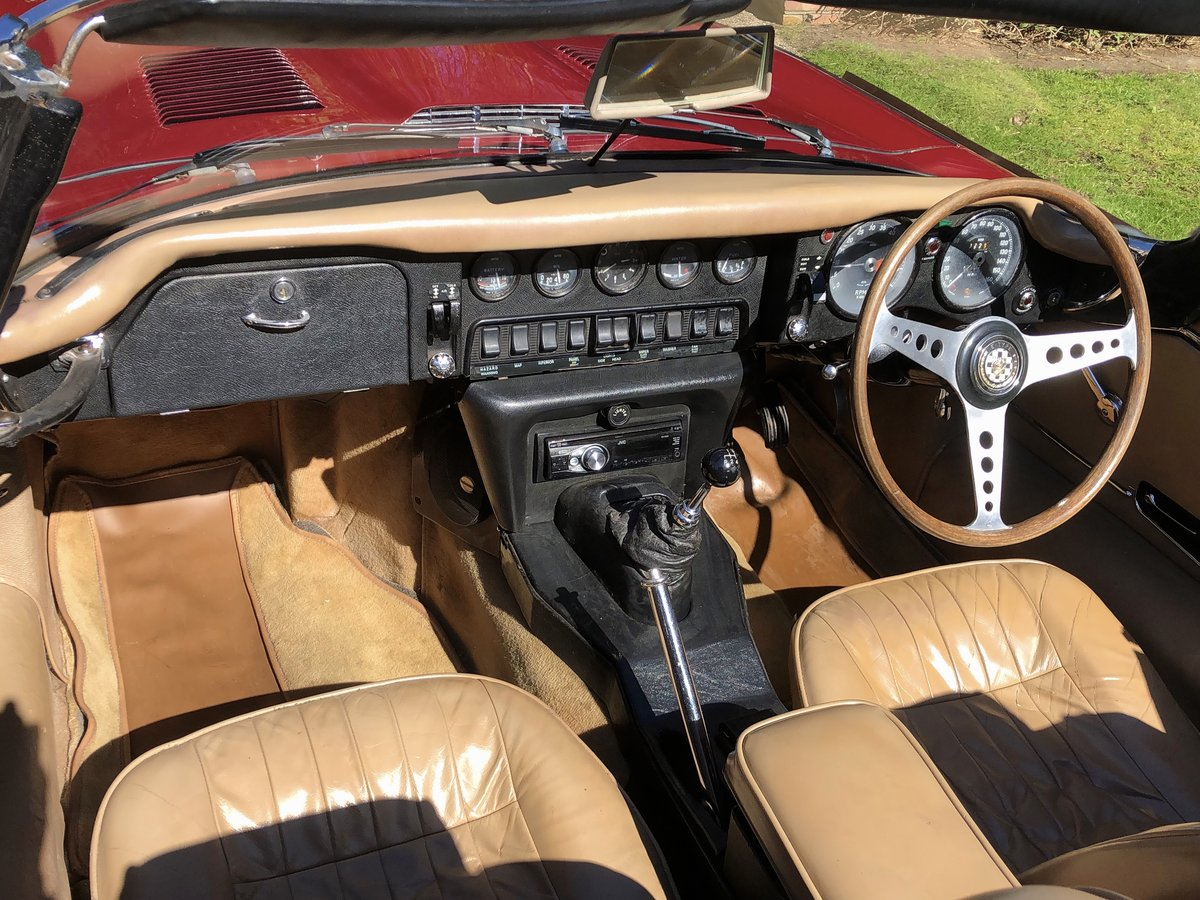 1969 JAGUAR E TYPE SERIES II ROADSTER                Manual  For Sale (picture 10 of 12)
