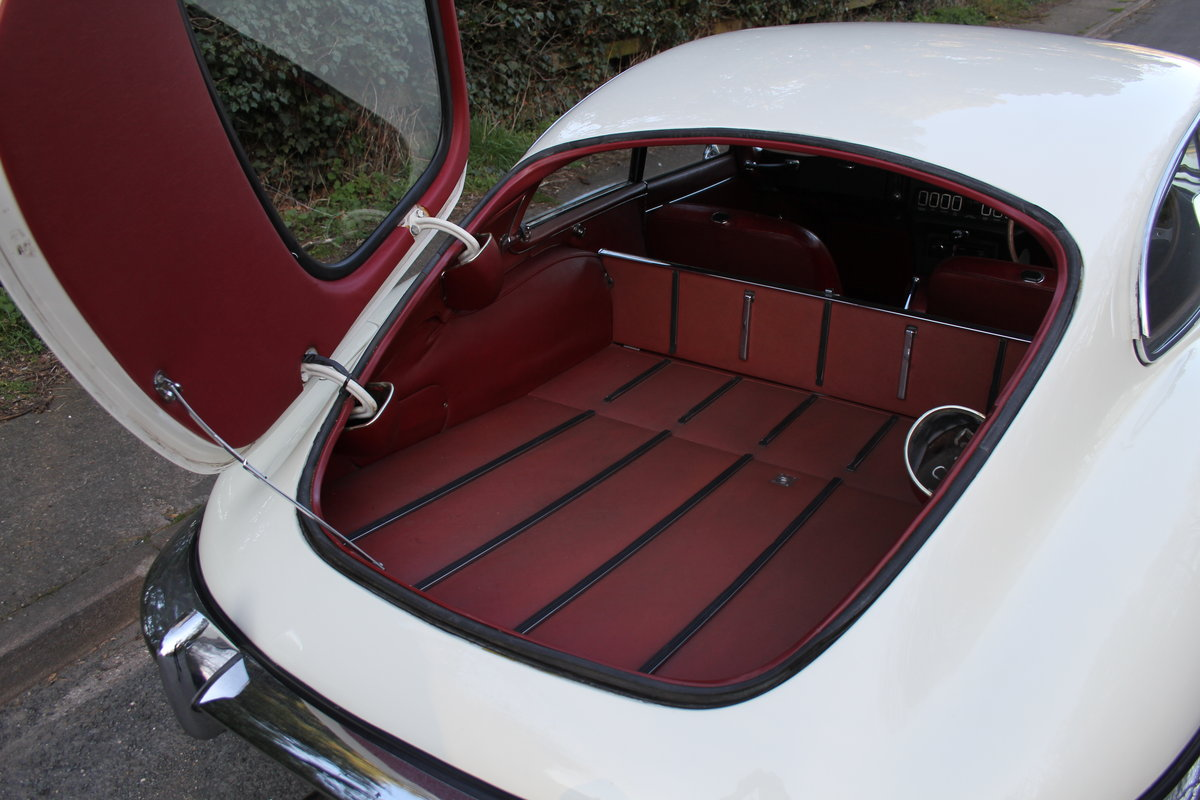1970 Jaguar E-Type Series II 4.2 FHC, UK Matching No's, 78k miles For Sale (picture 12 of 12)