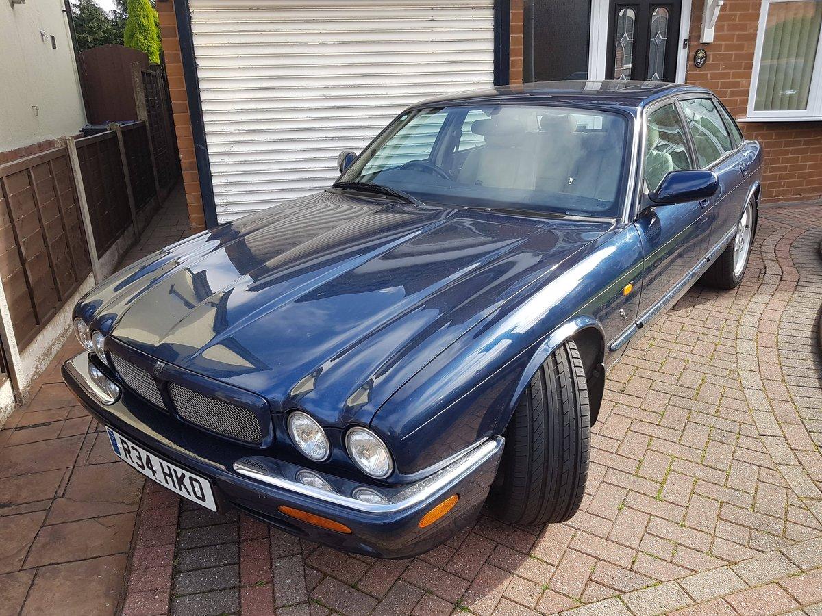 1998 Jaguar XJR Supercharged V8 SOLD (picture 1 of 3)