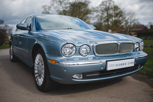 Picture of 2004 JAGUAR XJ6 3.0 PETROL 6 SPEED AUTO SOLD