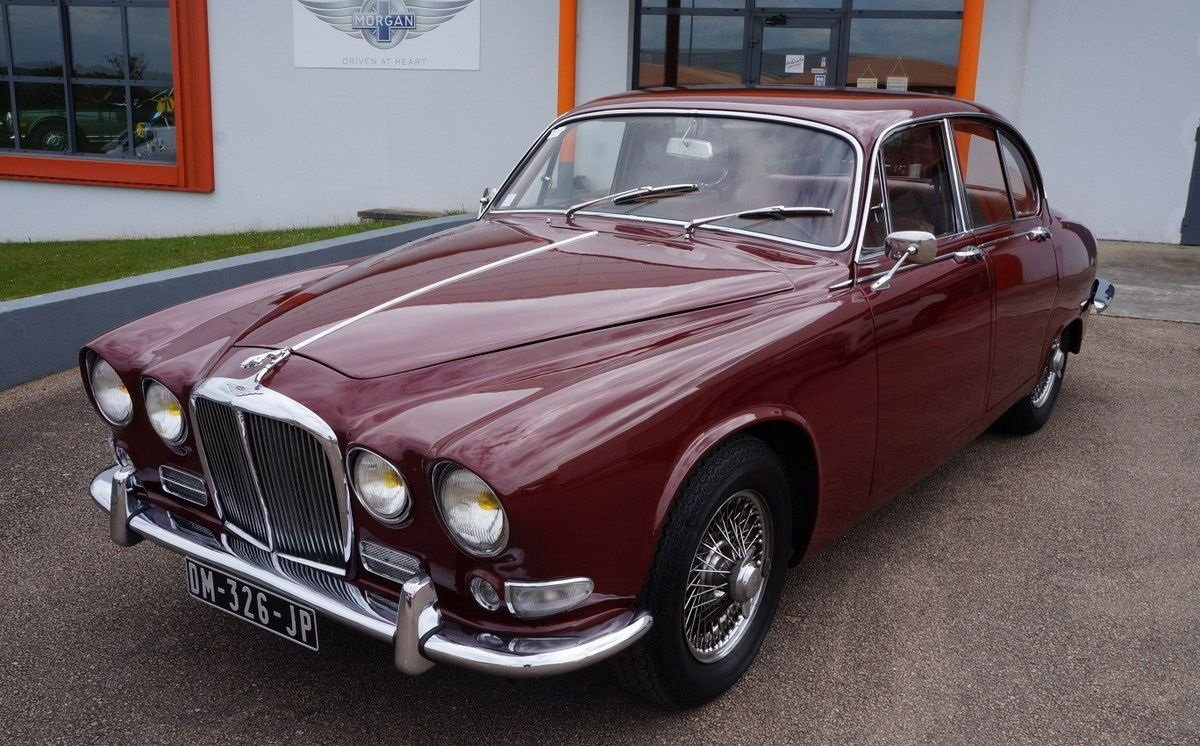 1967 Manual shift LHD Jaguar 420 For Sale (picture 1 of 6)