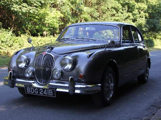 1964 Jaguar MKII 3.4 Manual with Overdrive  SOLD (picture 2 of 12)
