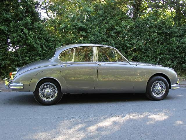 1964 Jaguar MKII 3.4 Manual with Overdrive  SOLD (picture 5 of 12)