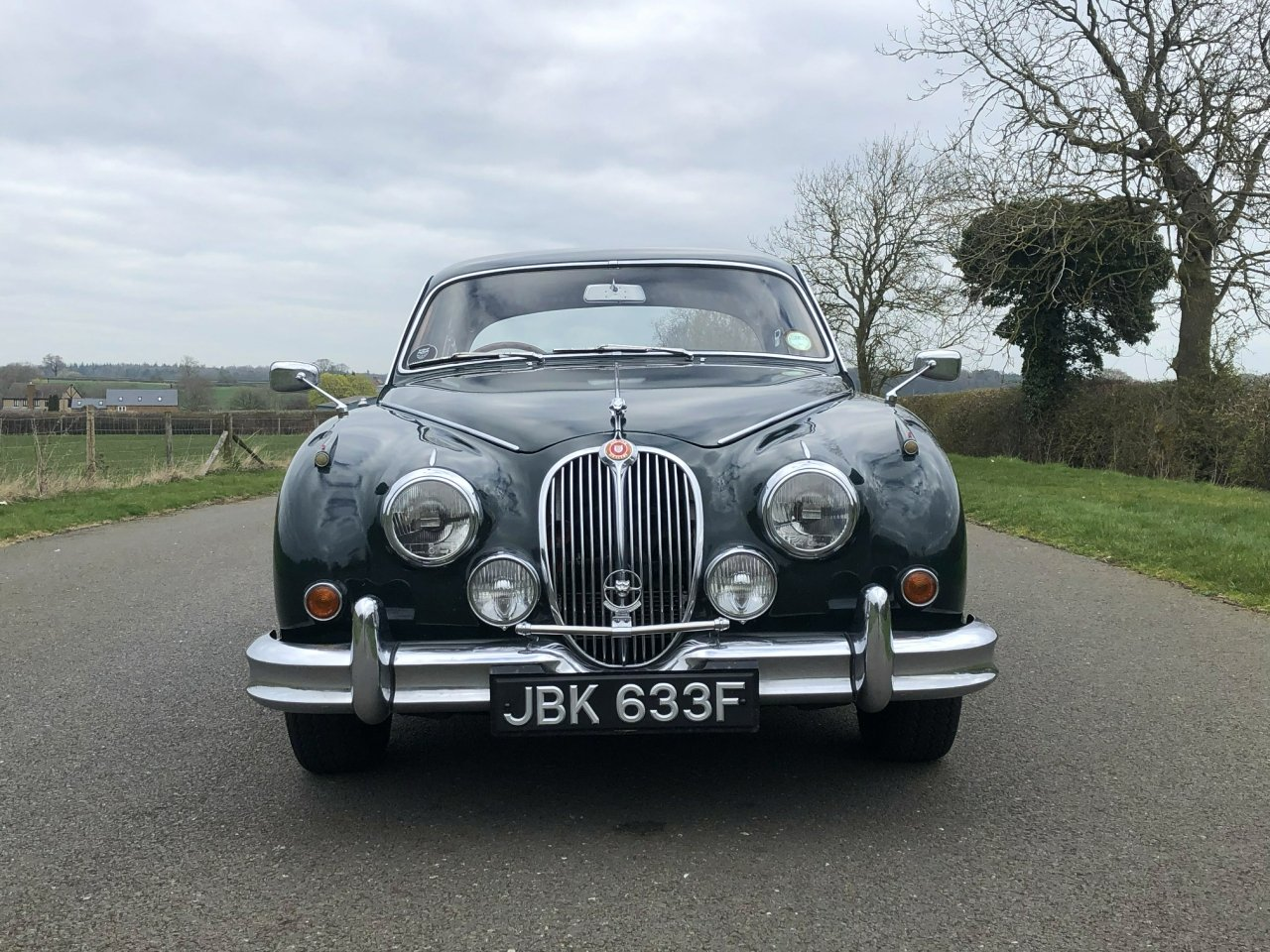 1967 Jaguar 340 MK II Automatic SOLD (picture 2 of 6)