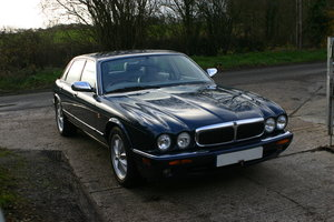 1998 jaguar xj8 4.0 1 previous owner