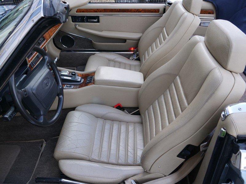 1993 Jaguar XJS 4.0 Convertible only 69.492 miles! incl. VAT For Sale (picture 3 of 6)
