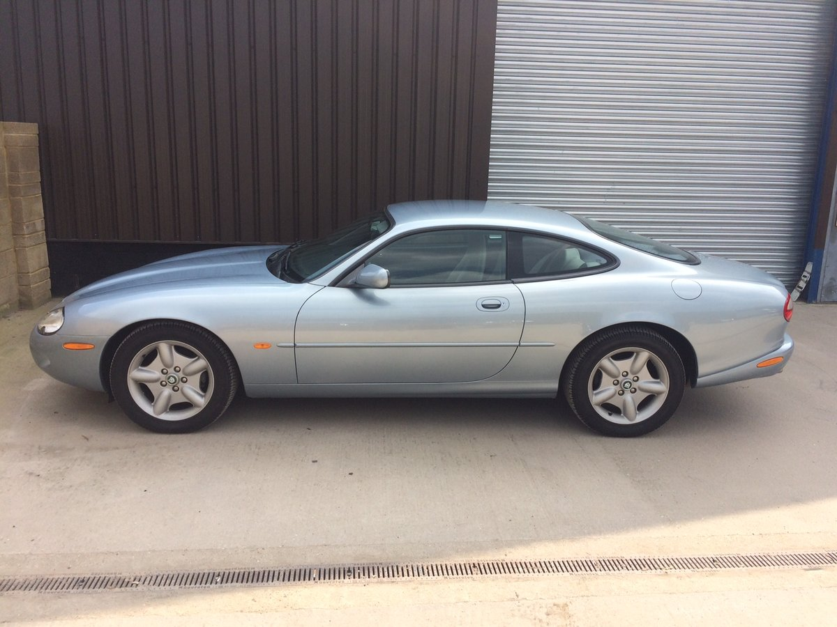 1997 Jaguar XK8 4.0 auto 9,000 Miles FSH LHD Superb. UK Regi For Sale (picture 3 of 6)