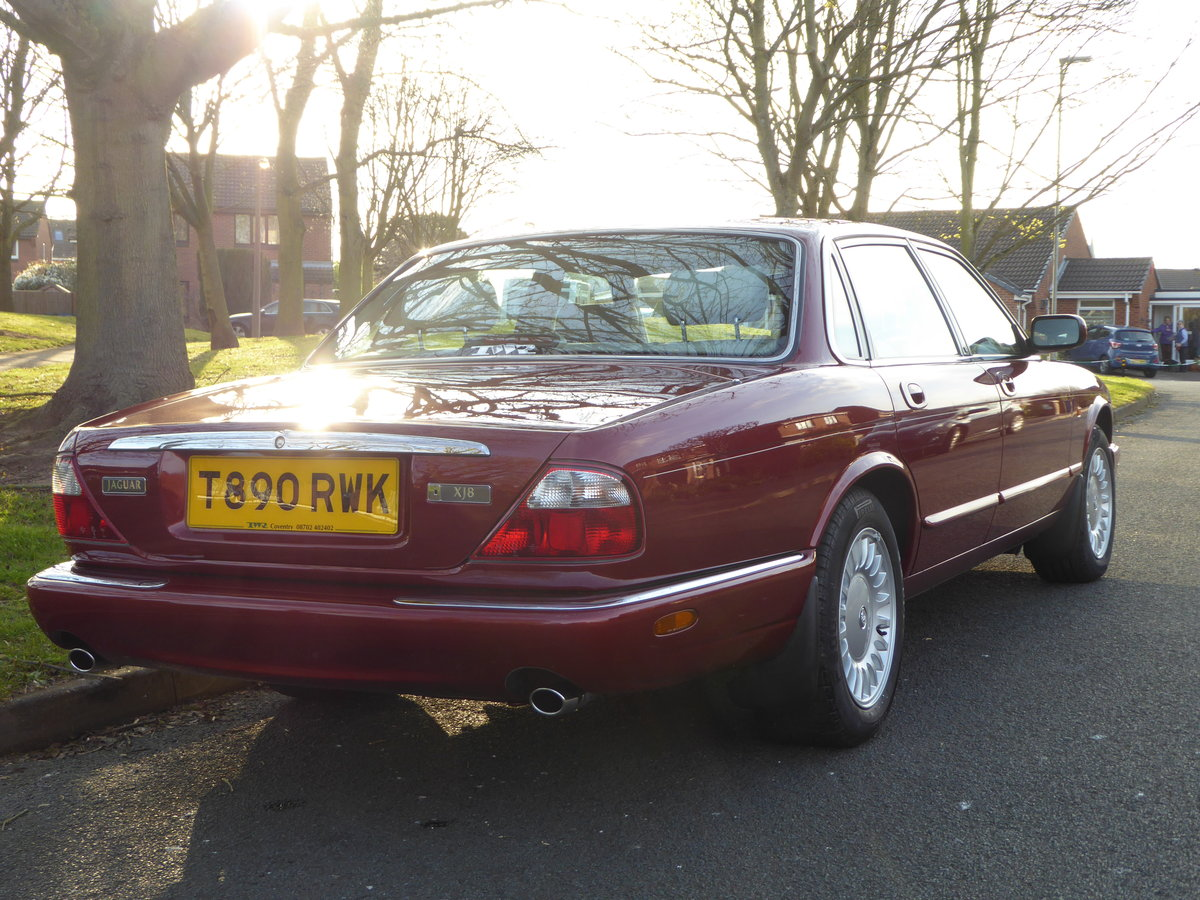 1999 Exceptional Low Mileage XJ8 12,345 miles! For Sale (picture 2 of 6)