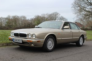 Jaguar XJ8 1998 - To be auctioned 26-04-19