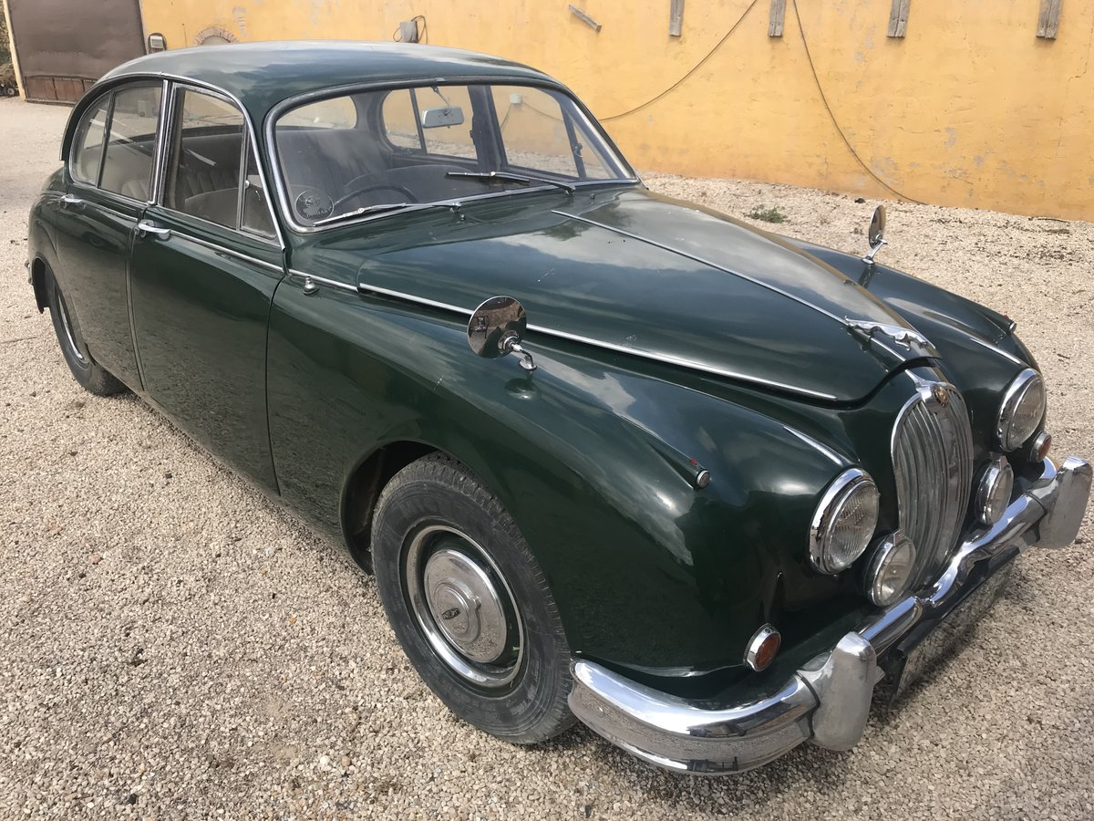 1968 Jaguar mk2 project for sale For Sale (picture 1 of 6)