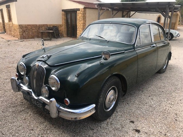1968 Jaguar mk2 project for sale For Sale (picture 2 of 6)