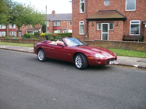 2000 xkr exalent condition full histiory For Sale