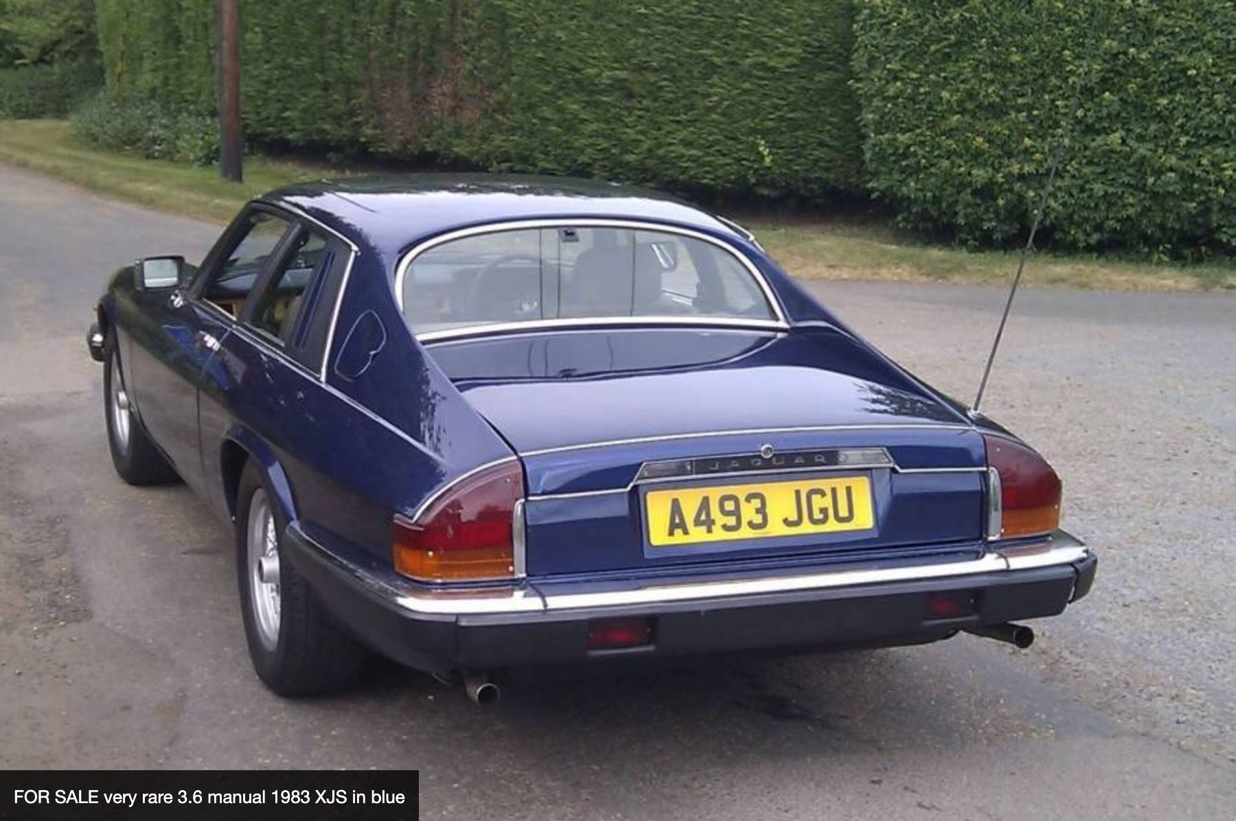 FOR SALE very rare 3.6 manual 1983 XJS in blue For Sale (picture 2 of 6)