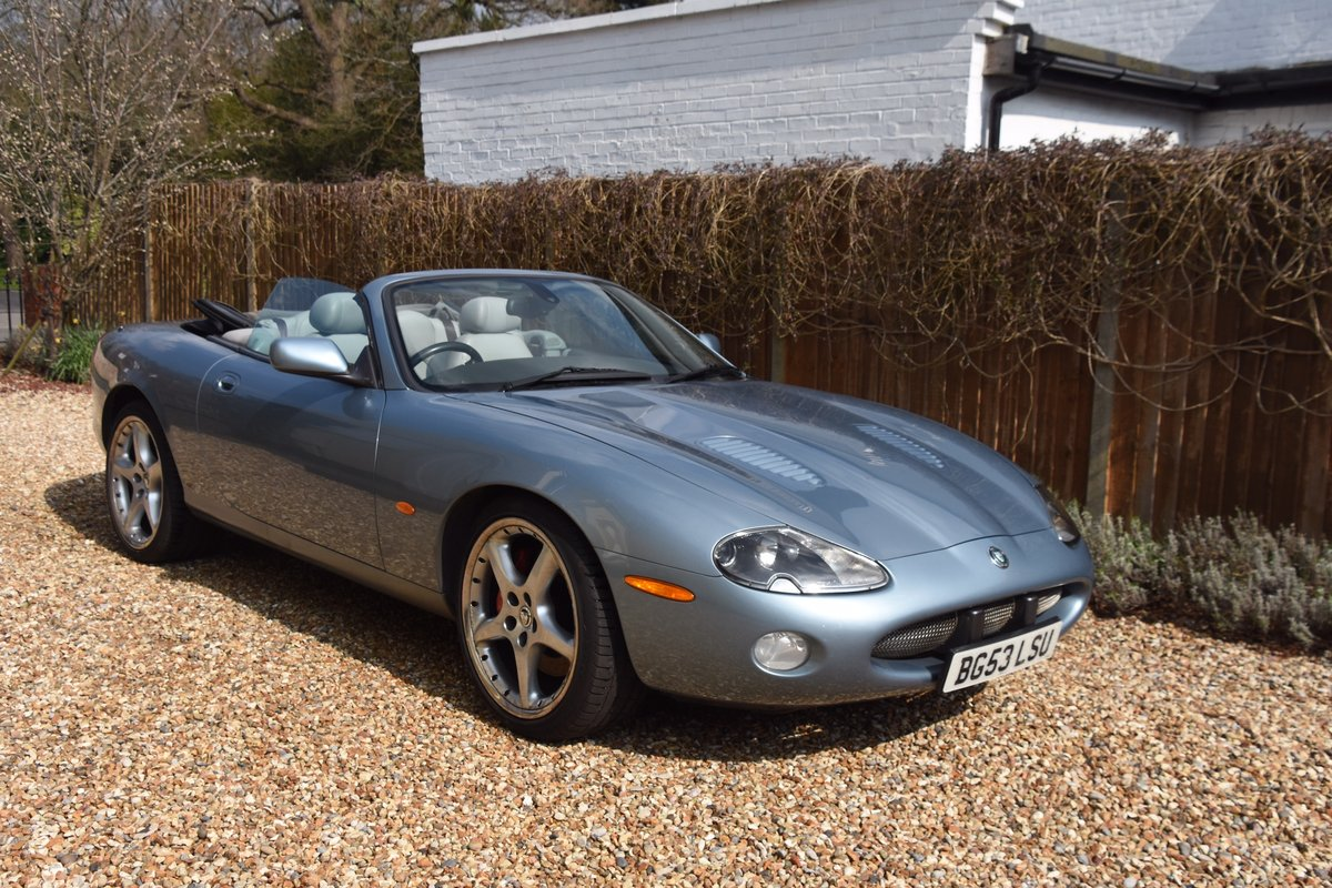 2003 Classic Jaguar XKR 4.2 Supercharged Convertible For Sale (picture 1 of 6)