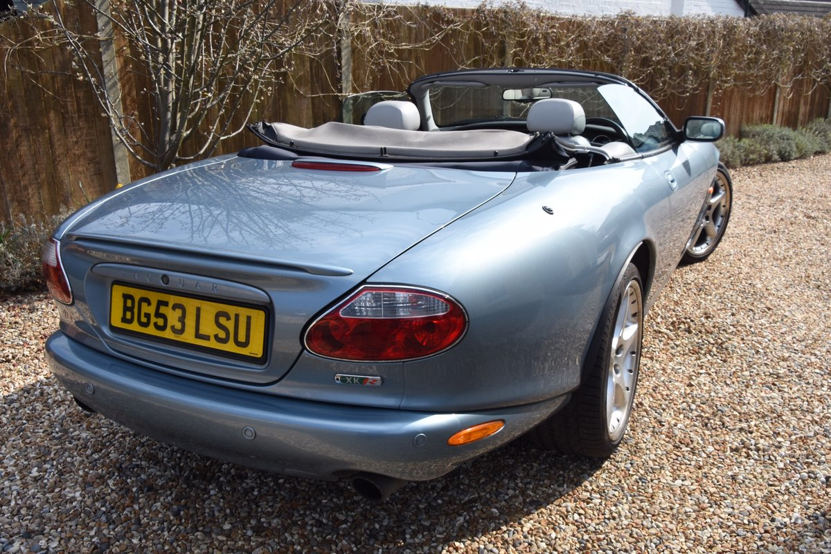 2003 Classic Jaguar XKR 4.2 Supercharged Convertible For Sale (picture 2 of 6)