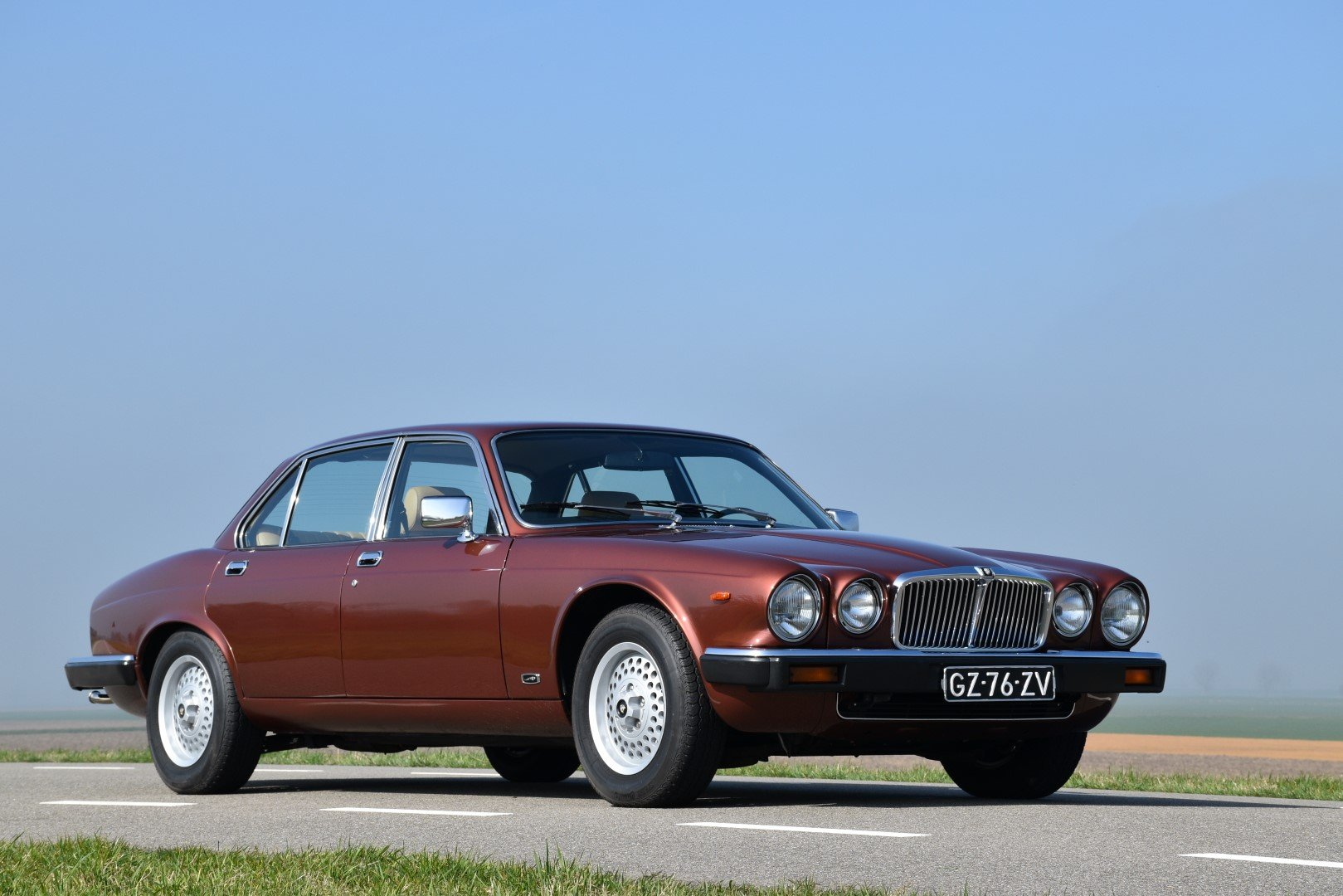 1981 Jaguar XJ6 series III 4.2 For Sale (picture 1 of 6)