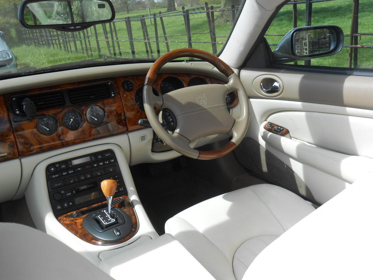 2004 Jaguar XK8 Convertible SOLD (picture 5 of 6)