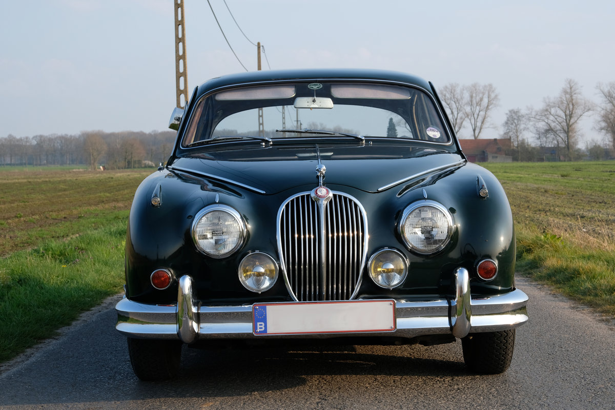 1964 Jaguar Mark II 3.8 MOD RHD Matching Numbers For Sale (picture 2 of 6)