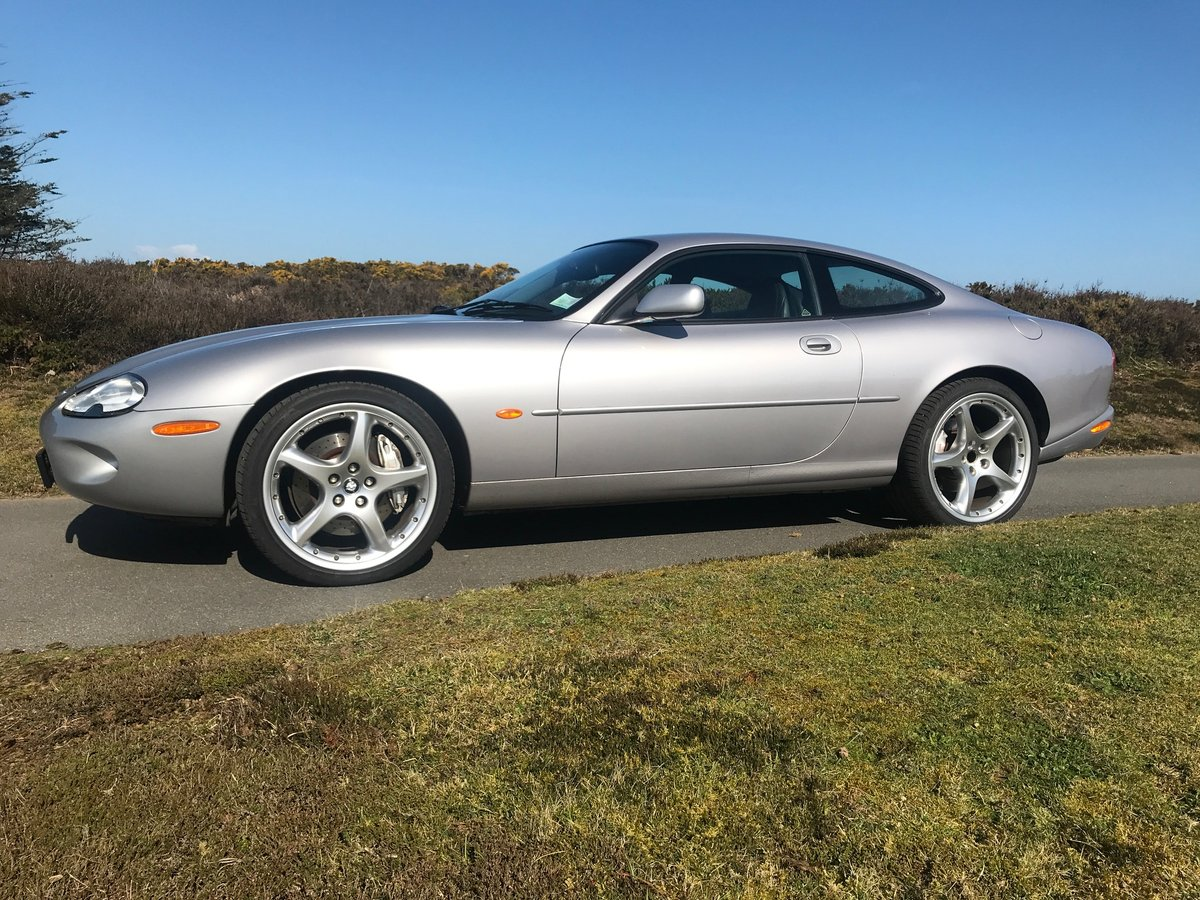 2000 Jaguar XKR Silverstone Coupe Low mileage and ownership For Sale (picture 2 of 6)