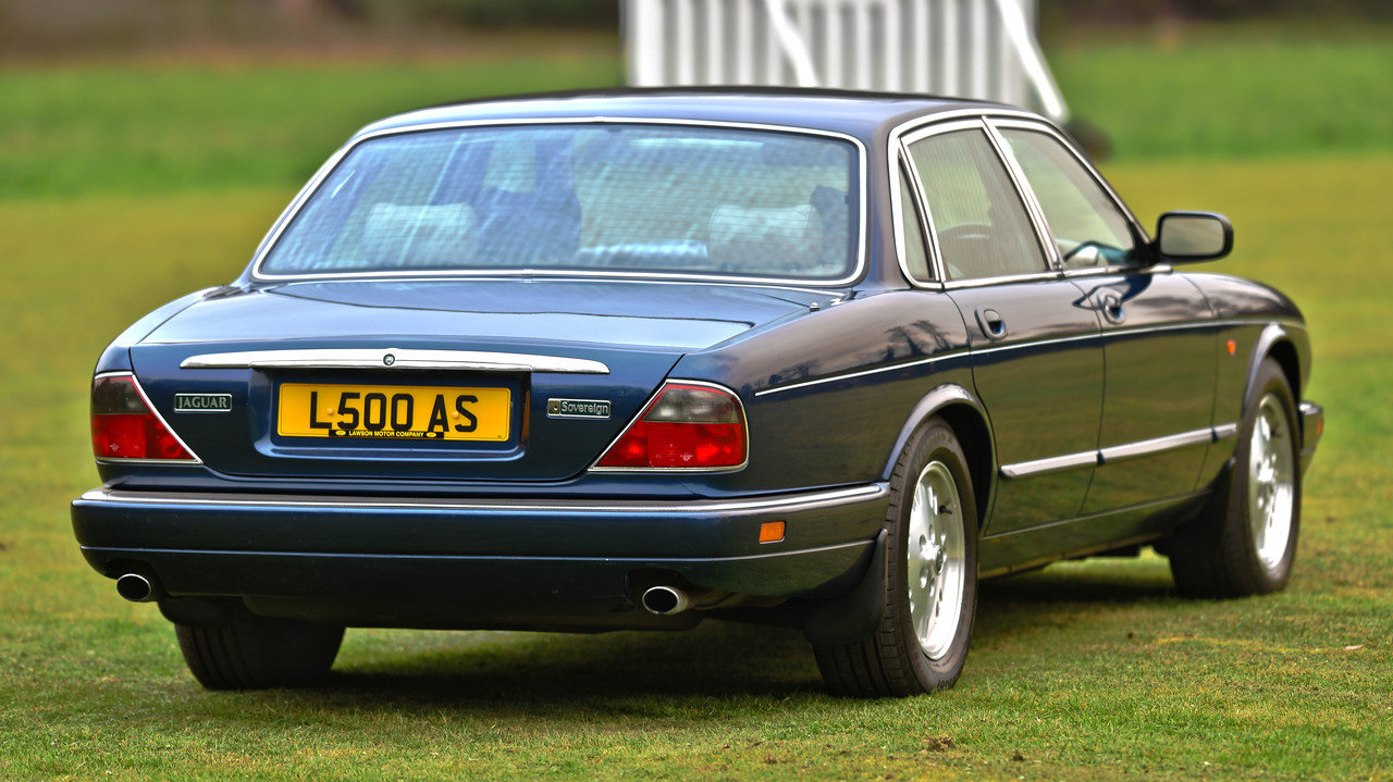 1996 Jaguar XJ6 Sovereign X300 SOLD (picture 3 of 6)