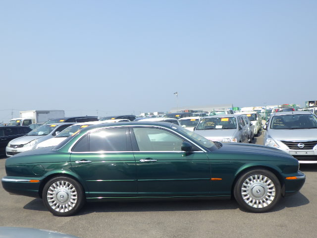 2003 Jaguar Super V8 SWB 52k miles and stunning throughout For Sale (picture 4 of 6)