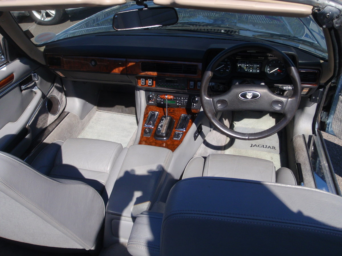 1988 jaguar xj-s convertible very low millage For Sale (picture 5 of 6)