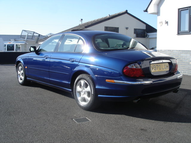 Jaguar S Type 4 0 V8 Auto 2000 Only 46k For Sale Car And