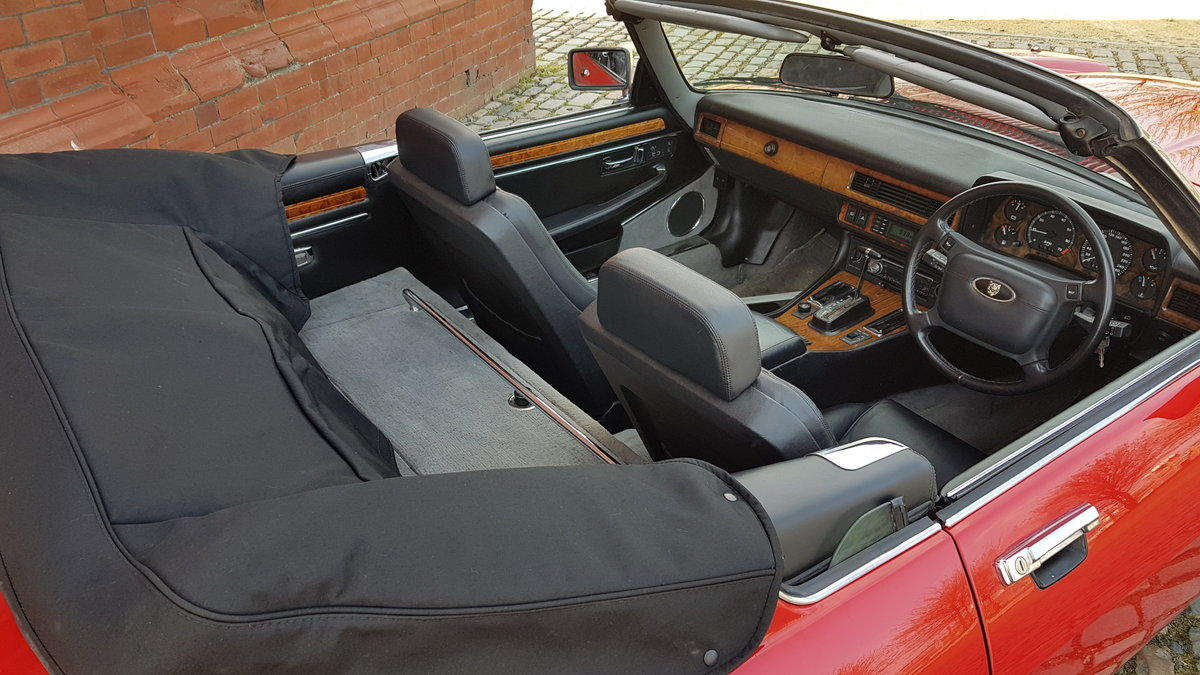 1991 JAGUAR XJS CONVERTIBLE 5.3 V12 RARE IMPORTED RHD AUTO * FRES For Sale (picture 4 of 6)