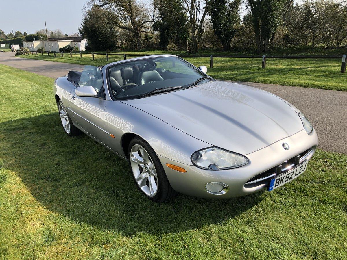 2002 Jaguar XK8 4.0L V8  Convertible  For Sale (picture 2 of 6)