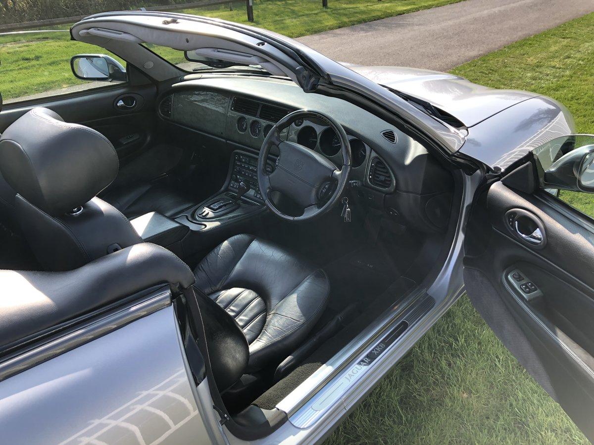 2002 Jaguar XK8 4.0L V8  Convertible  For Sale (picture 3 of 6)