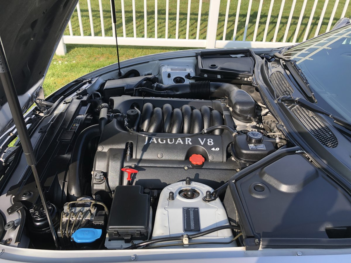 2002 Jaguar XK8 4.0L V8  Convertible  For Sale (picture 5 of 6)