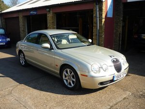 2006   Jaguar S-Type 3.0 V6 4dr VERY LOW MILES  For Sale
