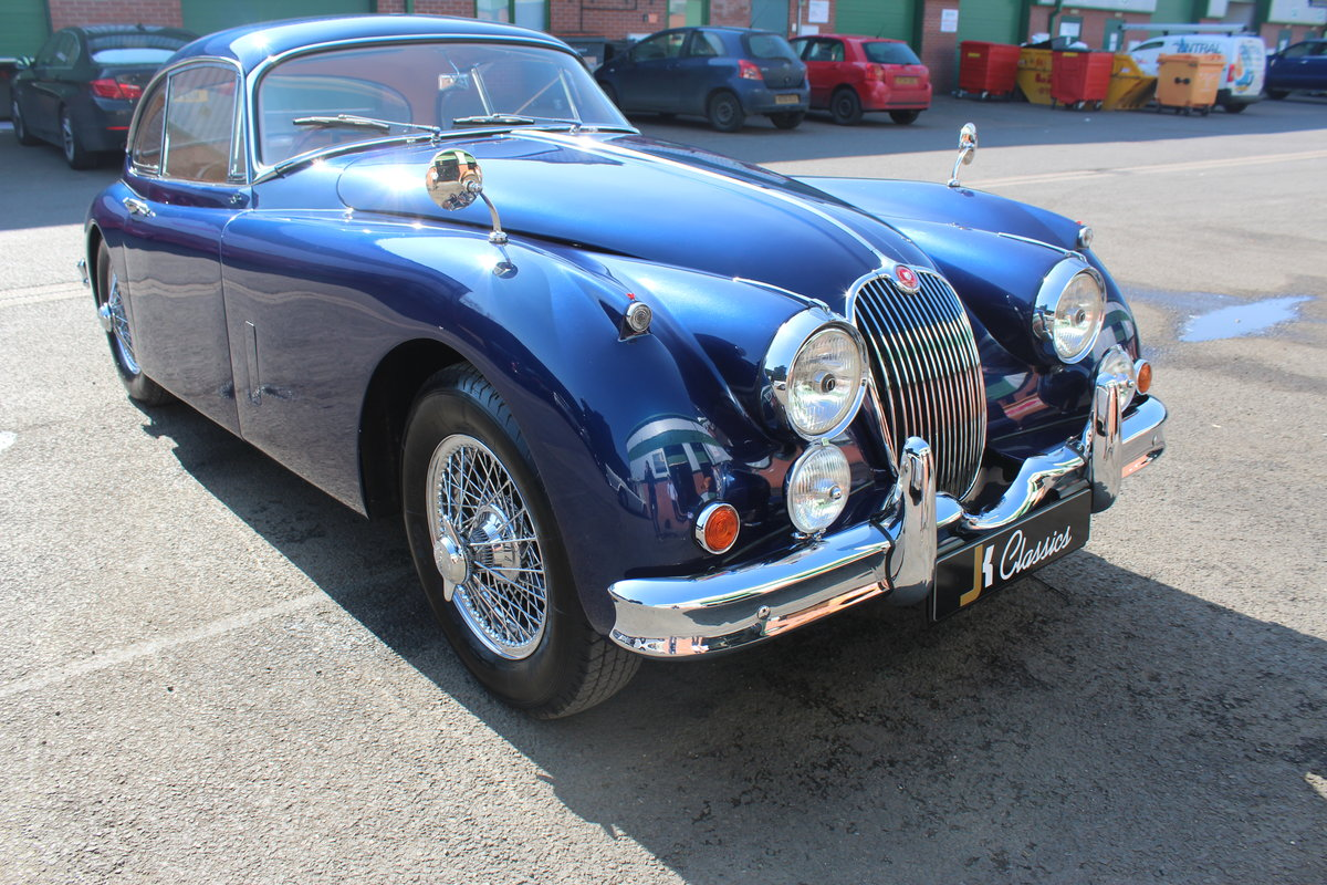 1959 Jaguar XK150 3.4 FHC For Sale (picture 2 of 6)