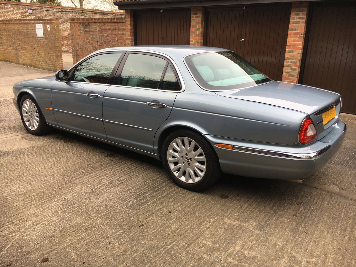 2004 Jaguar XJ6 3.0 SE  V6 119k  exceptional  with FSH 100 pics For Sale (picture 3 of 6)