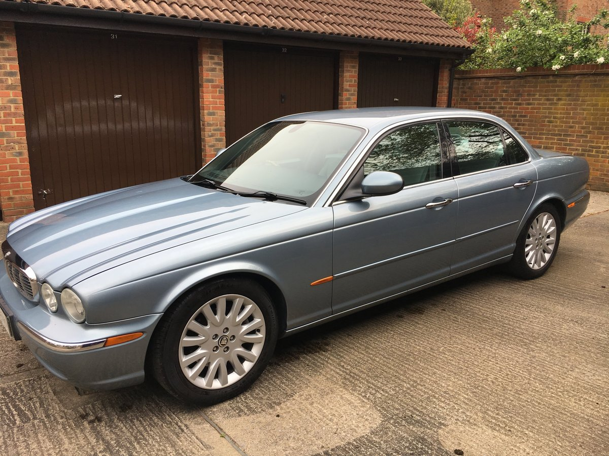 2004 Jaguar XJ6 3.0 SE  V6 119k  exceptional  with FSH 100 pics For Sale (picture 4 of 6)