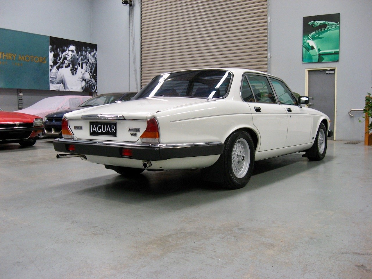 1988 Jaguar XJ12 Series 3 V12 Sovereign For Sale (picture 3 of 6)