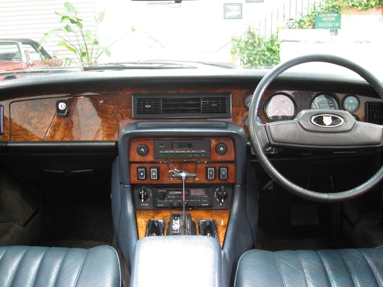 1988 Jaguar XJ12 Series 3 V12 Sovereign For Sale (picture 4 of 6)